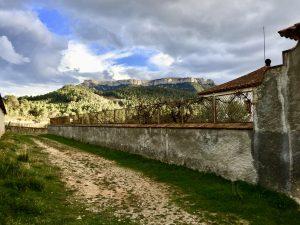 Serra de Montsant, behind Cellers Sant Rafel
